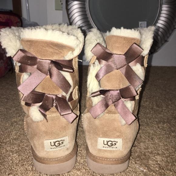 UGG Shoes   Bow Tie Uggs   Poshmark
